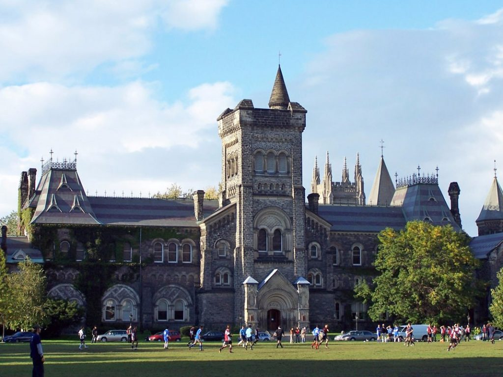 11-university-of-toronto--canadas-top-university-when-it-comes-to-computer-science-and-information-systems-courses-were-given-a-qs-score-of-838