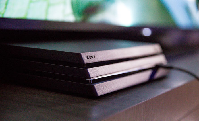 PS4 Pro معادل چه کامپیوتری است؟