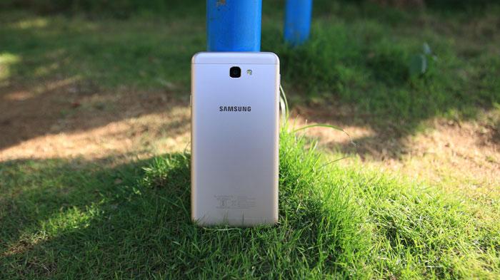 بررسی Galaxy J7 Prime : موبایلی خوش قیمت با امکاناتی باور نکردنی