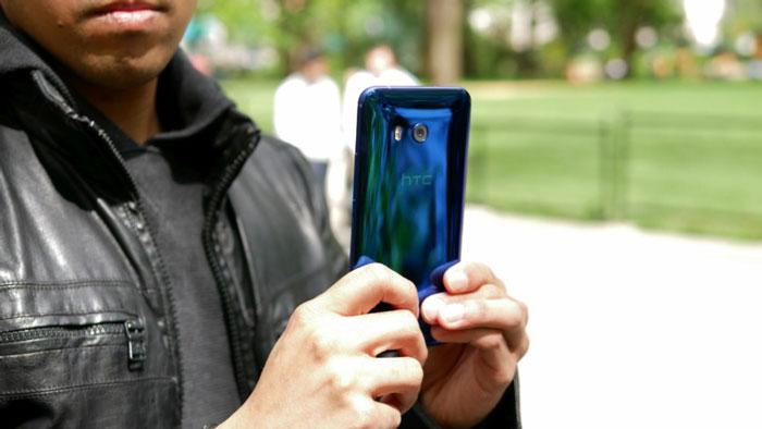 قیمت و مشخصات HTC U 11 : هر آنچه باید از پرچمدار جدید HTC بدانید
